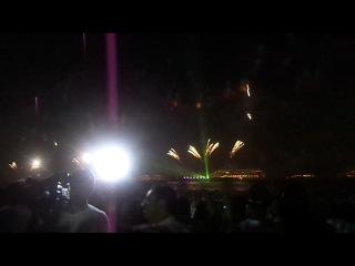Feierverk v Novi God (2012/2013) v Copacabana pliazh, Rio de Janeiro - tchast II
